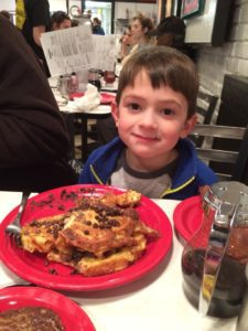 dining out kids Providence Moms Blog