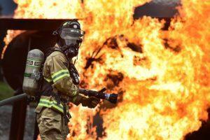 firefighter-1717918_640