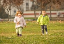 boy and girl playing in yard | providence mom