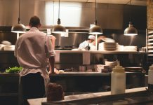 stop shaming restaurant workers for unemployment
